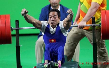 cn2 Reuters