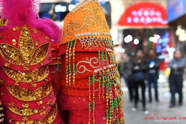 منطقة شينجيانغ تعلن نموا قويا لتجارتها الخارجية في الربع الأول
