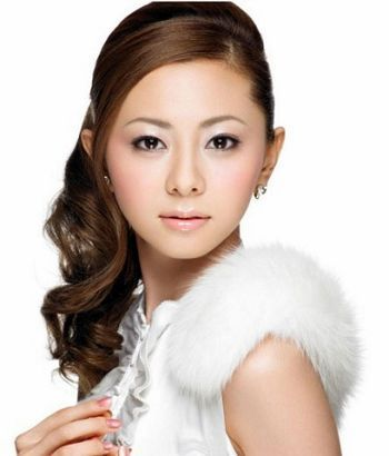 倉木麻衣專輯:1.白い雪
