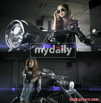 少女时代日前通过网络公布了收录于她们首张日文专辑的歌曲《Bad Girl》的MV片段