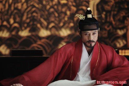 李秉宪首部历史片定名《光海:成为王的男人》