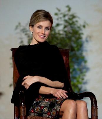 西班牙杂志《Hola》选出全球最美女性 王妃太瘦垫